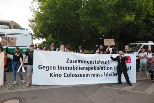 Abschluss der Demonstration beim Falkplatz