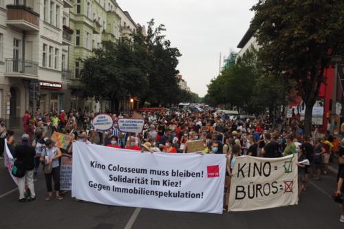 Frontzug der Demonstration